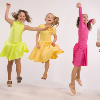 Пошив костюмов для детей для танца